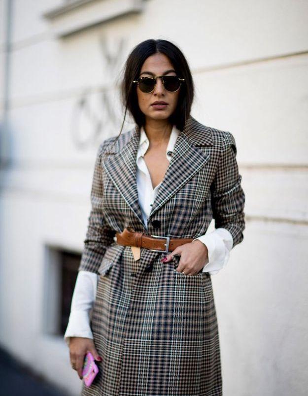 La ceinture sur un manteau