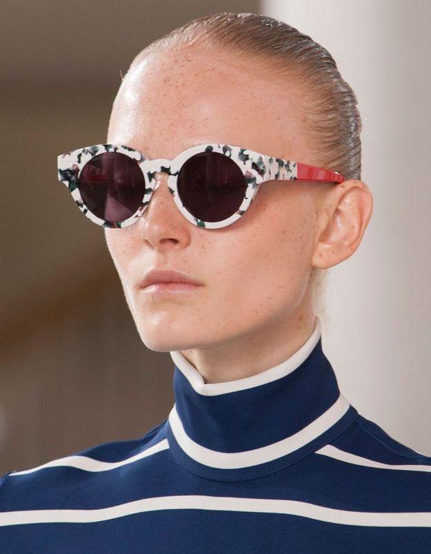 Les lunettes blanches à écailles de Preen by Thornton Bregazzi
