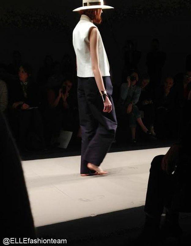 Défilé Maison Rabih Kayrouz : prêt-à-porter été 2013 mannequins pieds nus