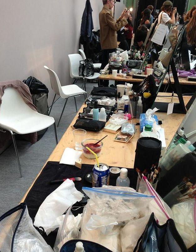 Défilé Rochas : backstage maquillage