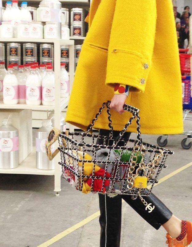 Même le panier est estampillé Chanel