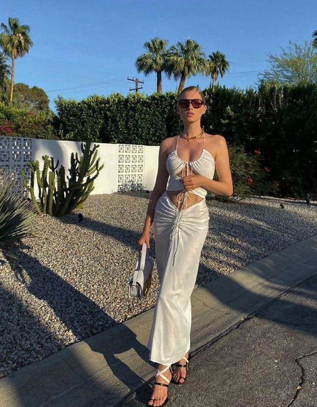 La robe cut-out, l'indispensable de cet été