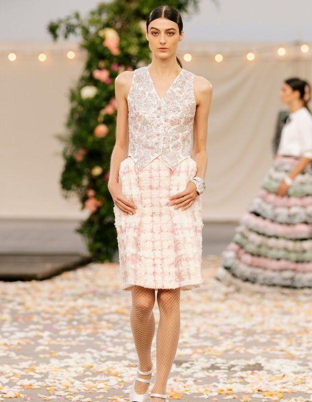 Le veston de blazer a fait son grand retour pendant la Fashion Week Haute Couture