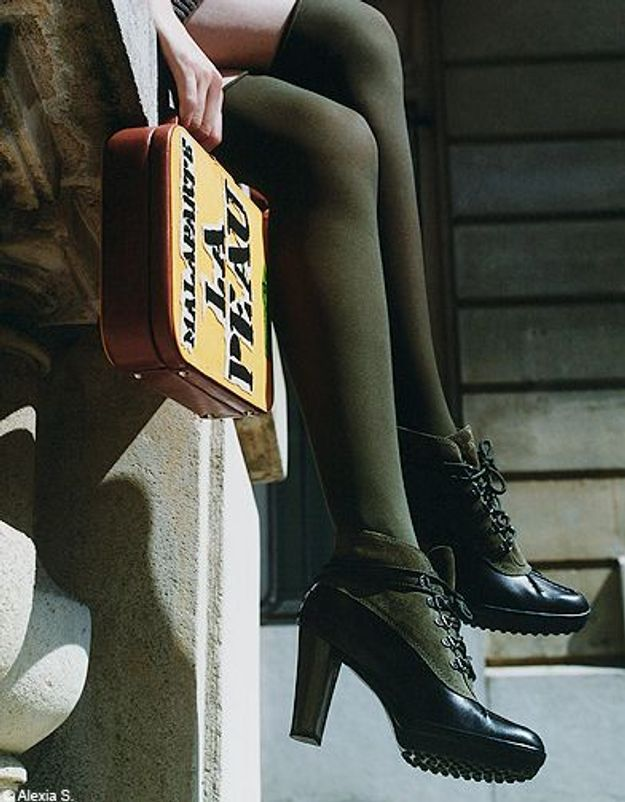 Mode tendances look accessoires chaussures p246