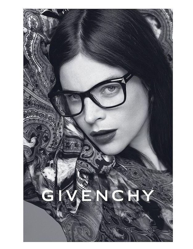 Julia Restoin Roitfeld pour Givenchy Eyewear