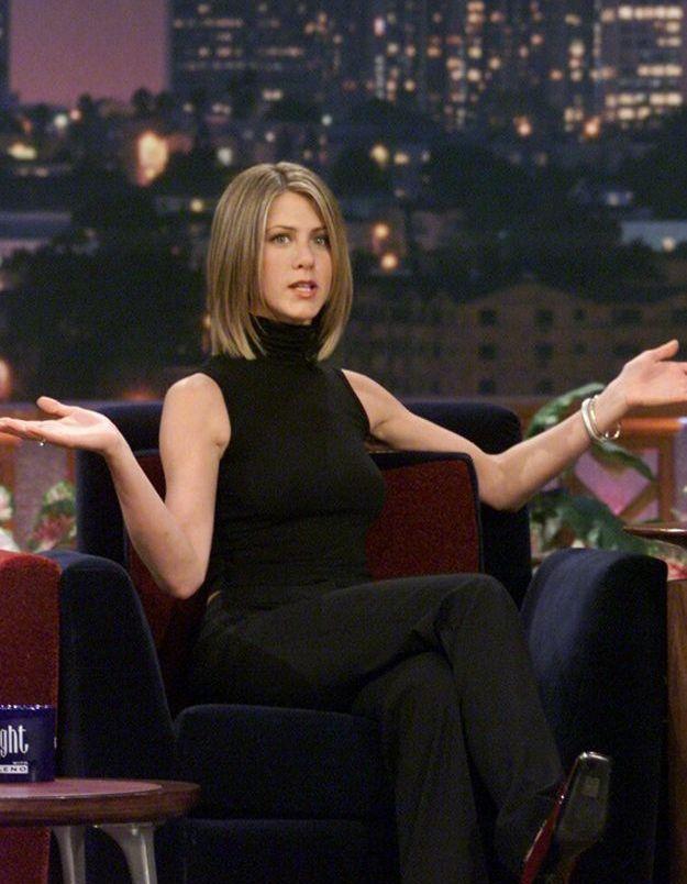 Jennifer Aniston, passée par toutes les modes a aussi porté ces fameux cols roulés sans manches