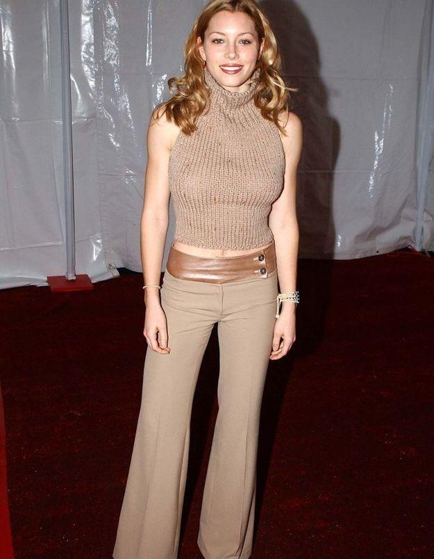 Le col roulé sans manche, l'ovni fashion des années 2000 - Jessica Biel