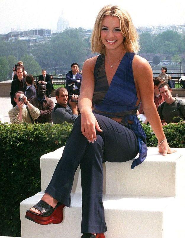 Les plateformes... incontestables chaussures iconiques des années 2000 - Britney Spears
