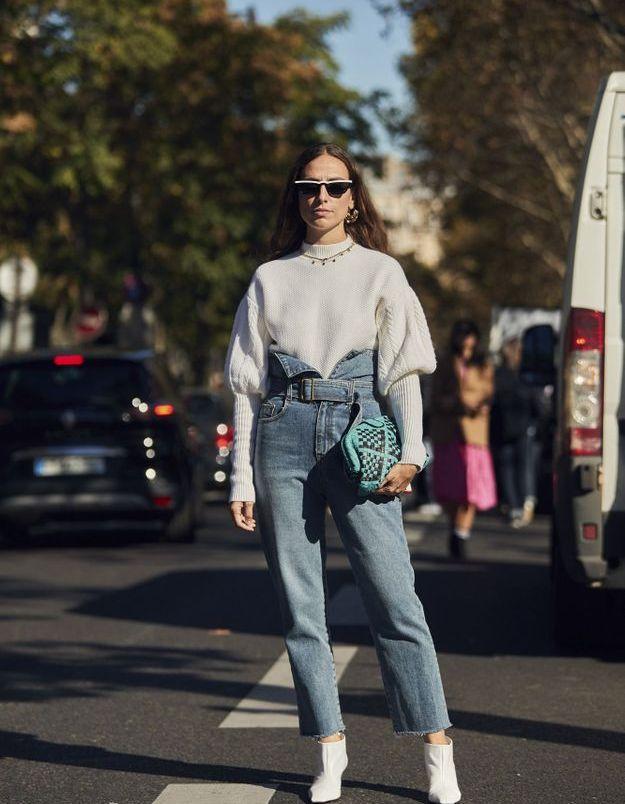 Le jean à la taille très haute
