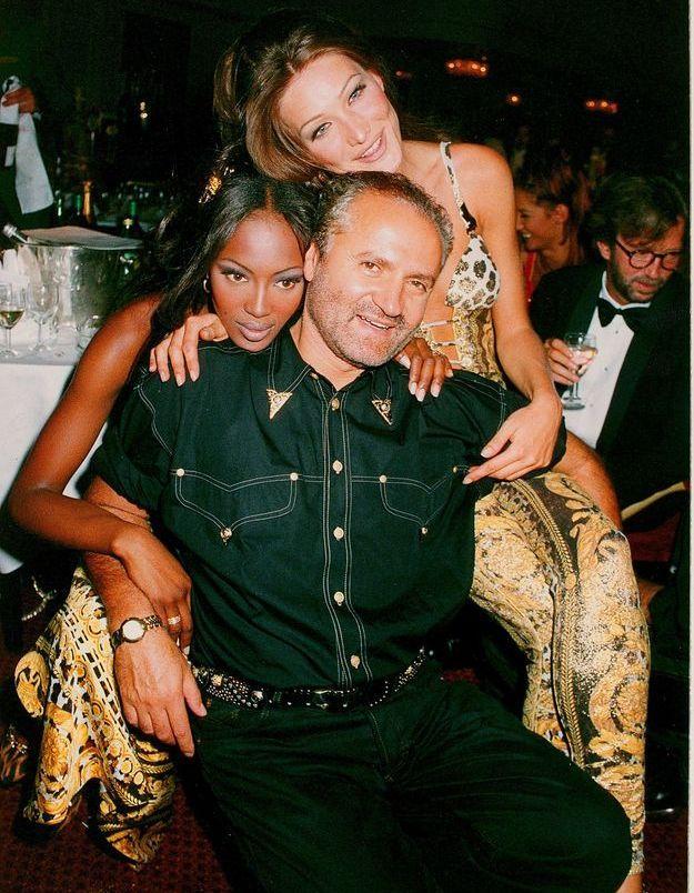 Naomi Campbell, Carla Bruni et Gianni Versace