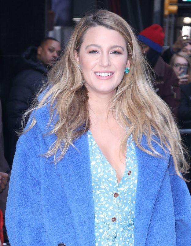 Blake Lively : elle a trouvé le manteau parfait pour l'hiver