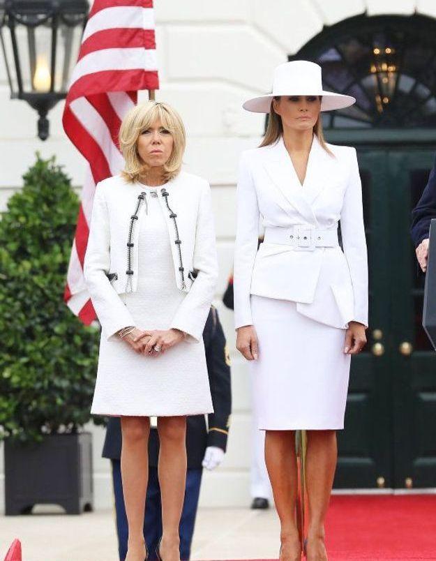 Brigitte Macron en tailleur blanc
