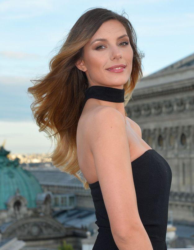 Camille Cerf : on copie ses looks parfaits pour partir au soleil
