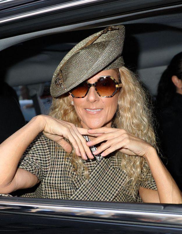 Céline Dion : elle adopte la tendance chaussures de randonnée