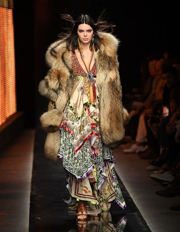 Kendall Jenner pour DSQUARED2