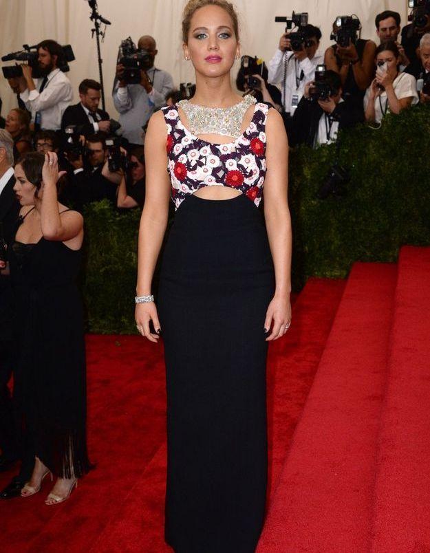 L'imprimé fleuri vu sur Jennifer Lawrence