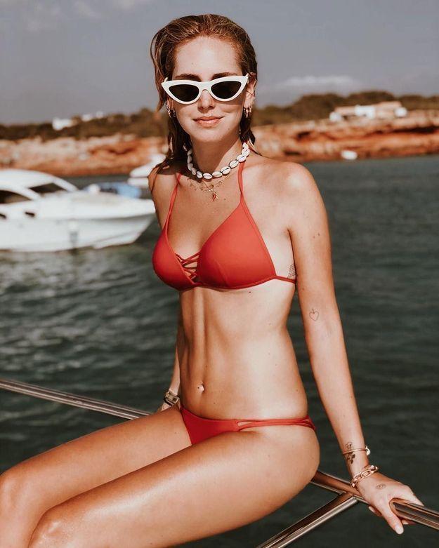 Chiara Ferragni en bikini orange