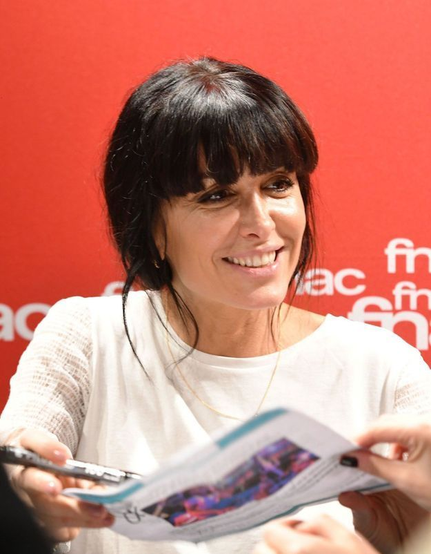 Jenifer : son sweat Zara confirme la tendance de la saison