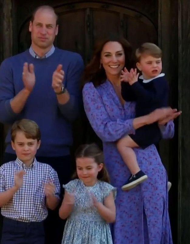 Kate Middleton s'affiche en robe fleurie et provoque un nouveau sold out