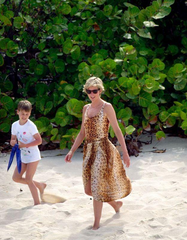 Une tenue de plage léopard