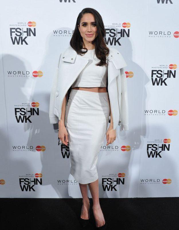 En 2015 à Toronto, elle s'affiche en total look blanc.