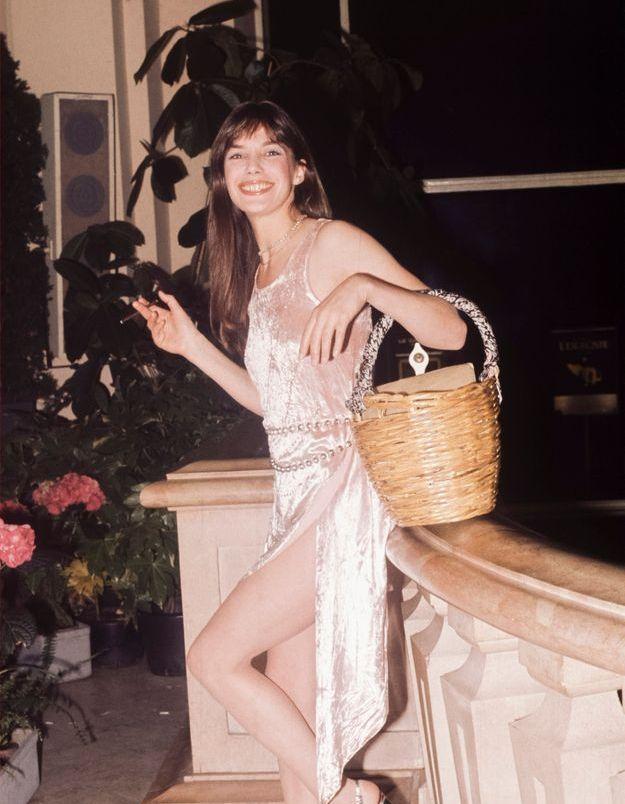 La robe en satin de Jane Birkin