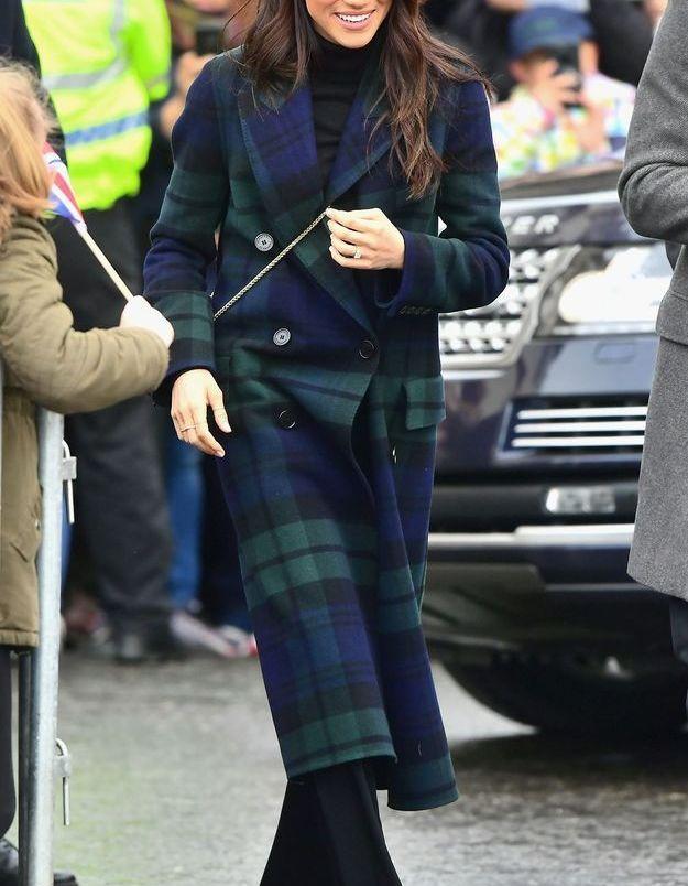 Meghan Markle en manteau à carreaux