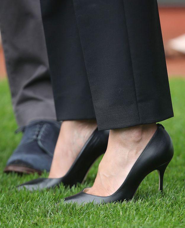 La duchesse a opté pour des accessoires simples et intemporels