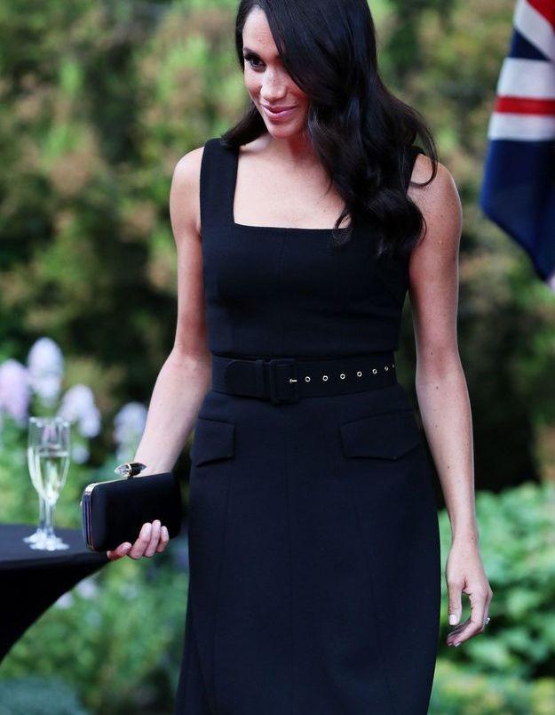 Meghan Markle, a opté pour la petite robe noire, une valeur sûre.