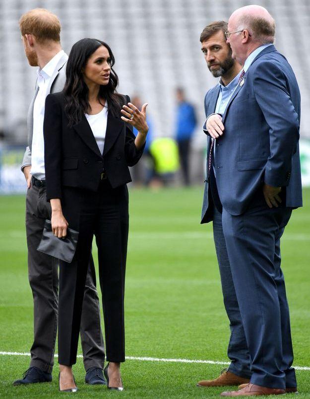 Meghan Markle et son tailleur Givenchy