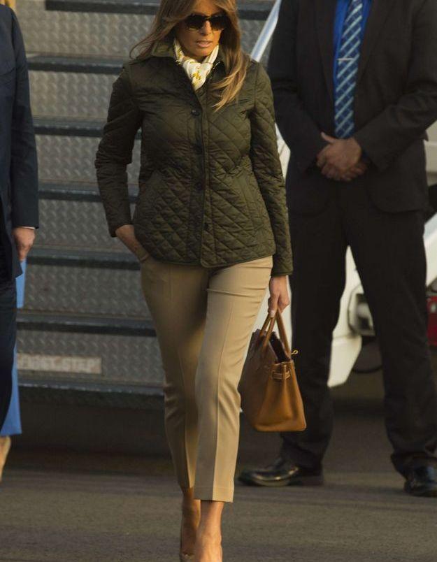 Melania Trump en veste matelassée, pour son arrivée en Ecosse