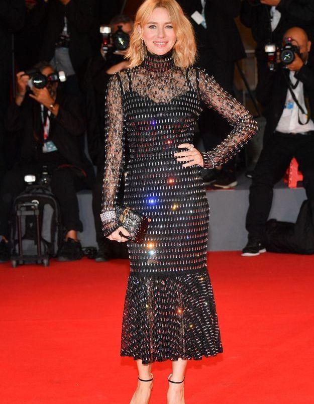 Naomi Watts sur le tapis rouge de la Mostra