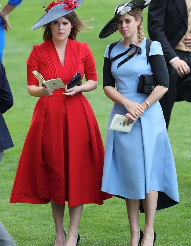 Eugenie d'York en robe midi rouge