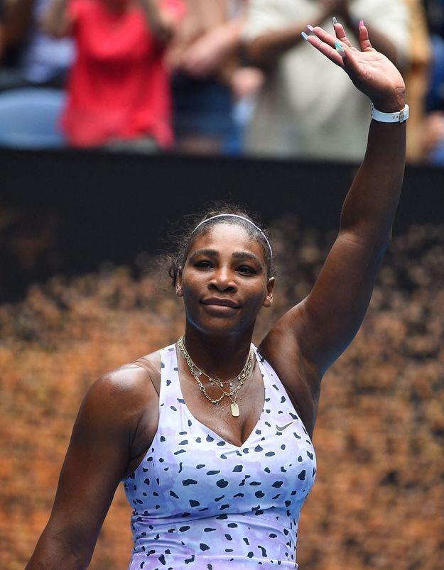 Serena Williams : élégante et puissante en égérie Stuart Weitzman