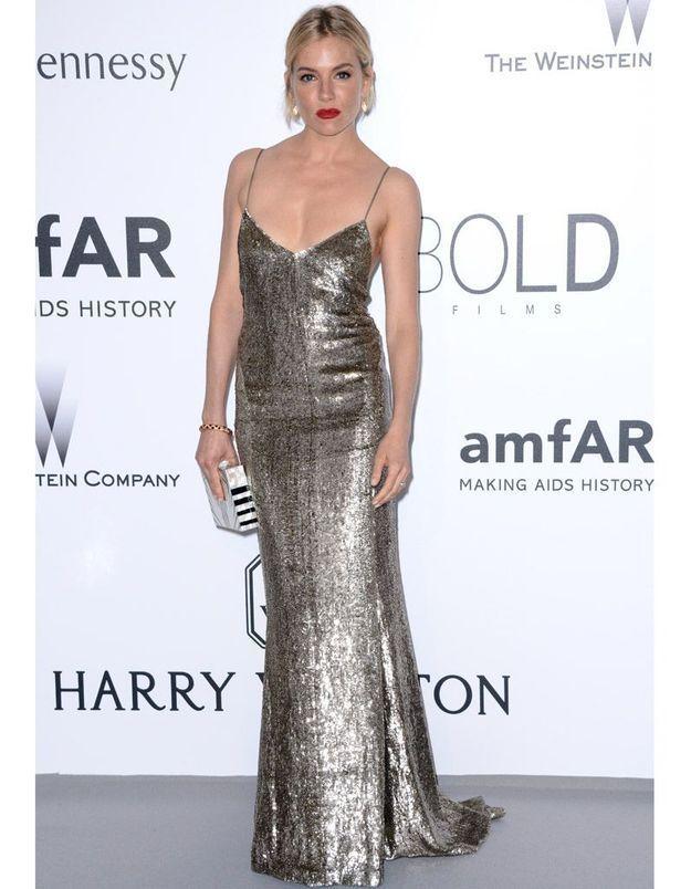 Le Festival de Cannes fashion de Sienna Miller, en Ralph Lauren