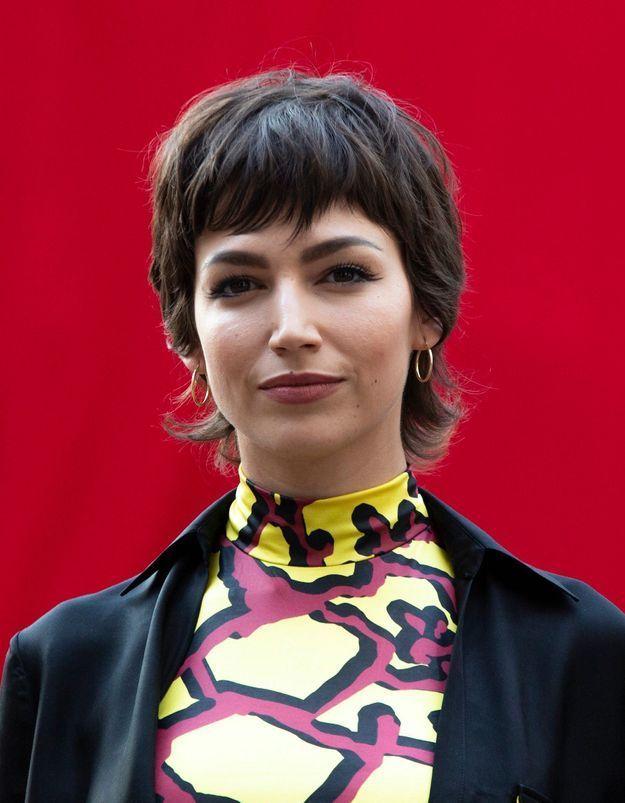Úrsula Corberó : ultra tendance en robe années 2000 d'une maison française