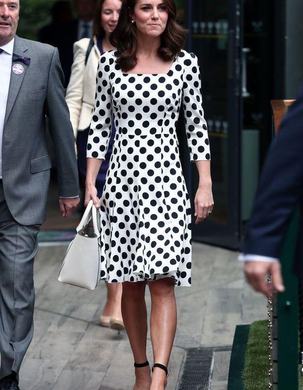 Kate Middleton et sa robe à pois en juillet 2017 à Wimbledon, Londres.