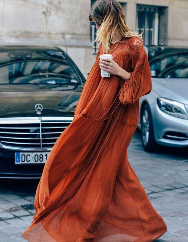 Sur une robe bohème