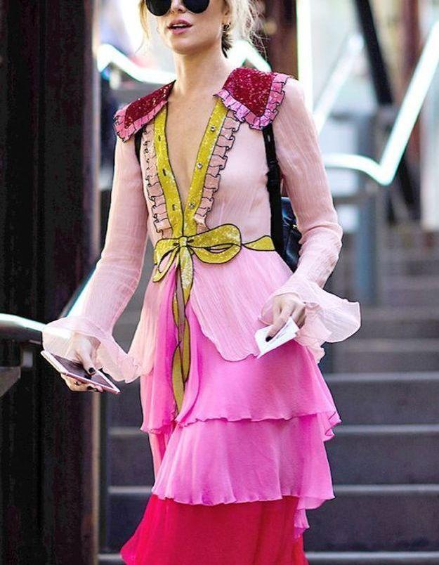 Une robe rose originale