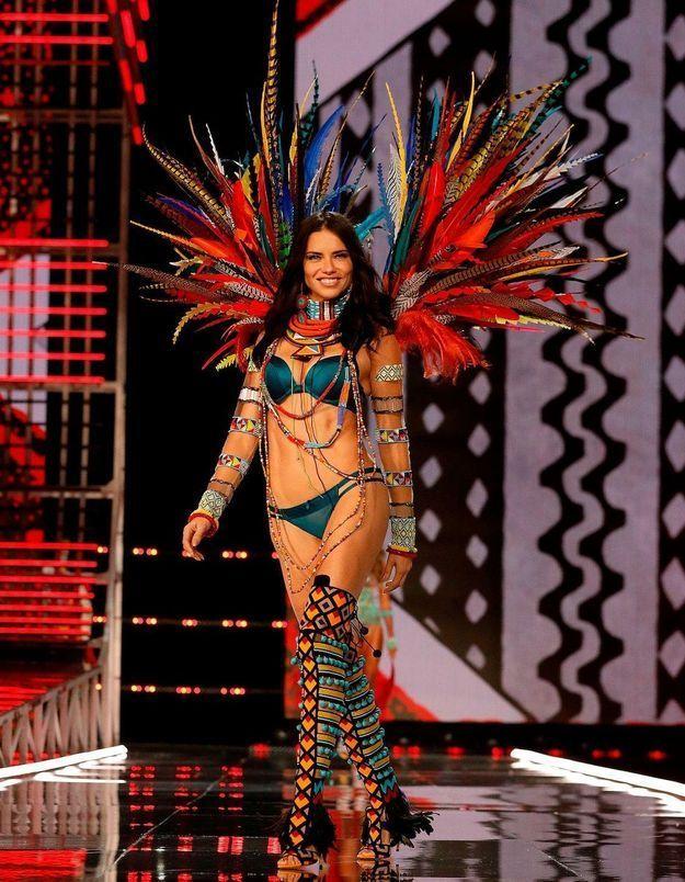 Adriana Lima, les vraies raisons qui l'ont poussée à quitter Victoria's Secret