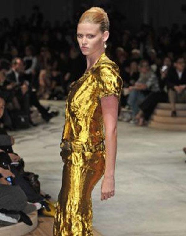 Des personnalités de la mode relookent les boutiques Prada