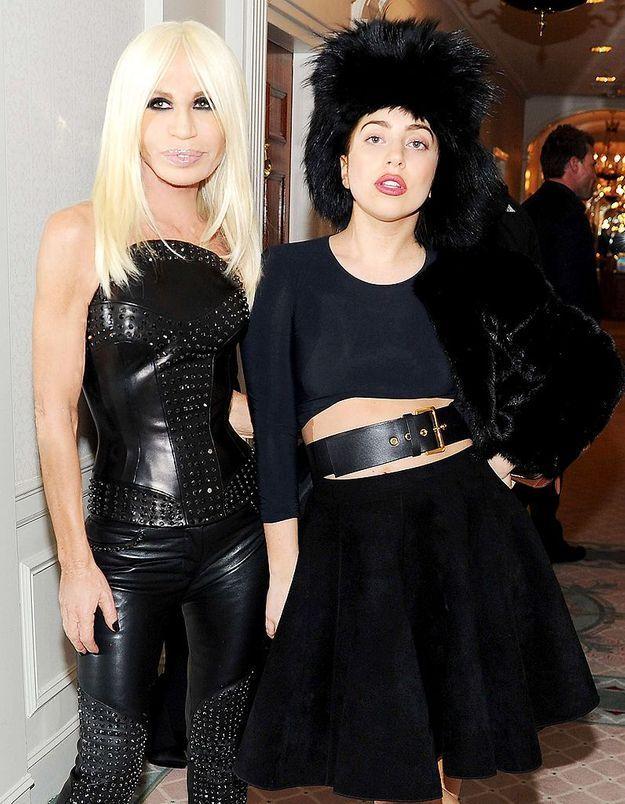 Donatella Versace très fière de la chanson que lui a dédiée Lady Gaga