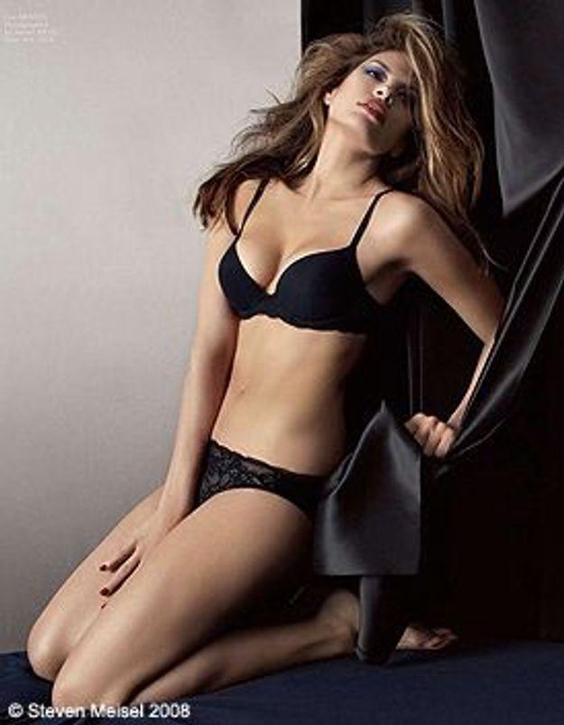 Eva Mendes, la nouvelle égérie de Calvin Klein