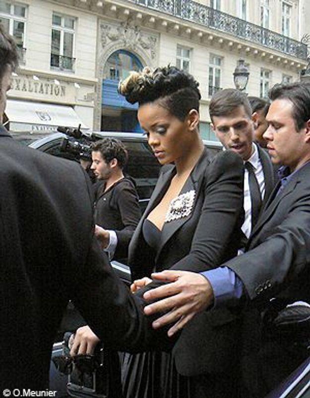 Fashion Week Paris : Rihanna créé l'émeute chez Balmain