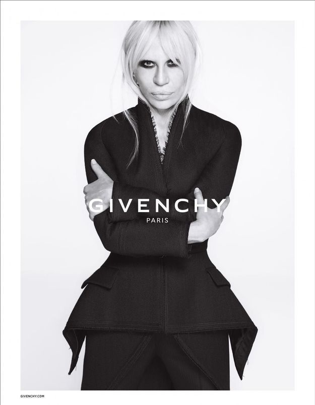 Givenchy : de nouvelles images de la campagne avec Donatella Versace