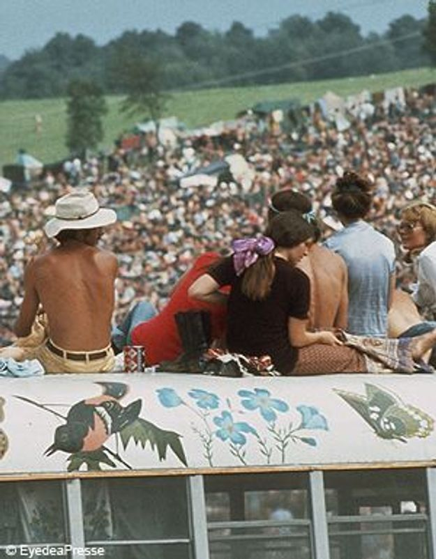 """Happy Birthday Woodstock !""  en mode et en musique"