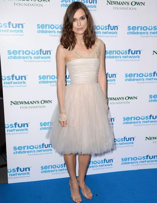 Keira Knightley porte une nouvelle fois sa robe de mariée
