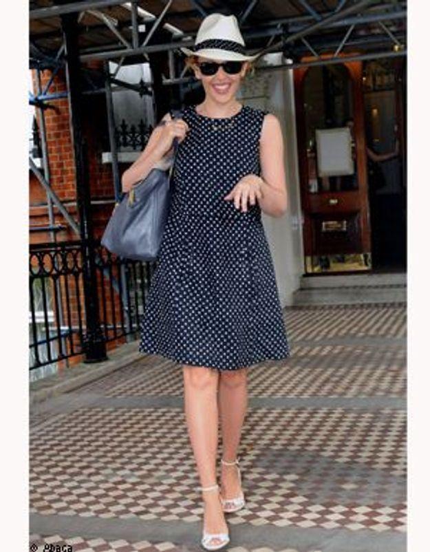 Kylie Minogue adopte le panama