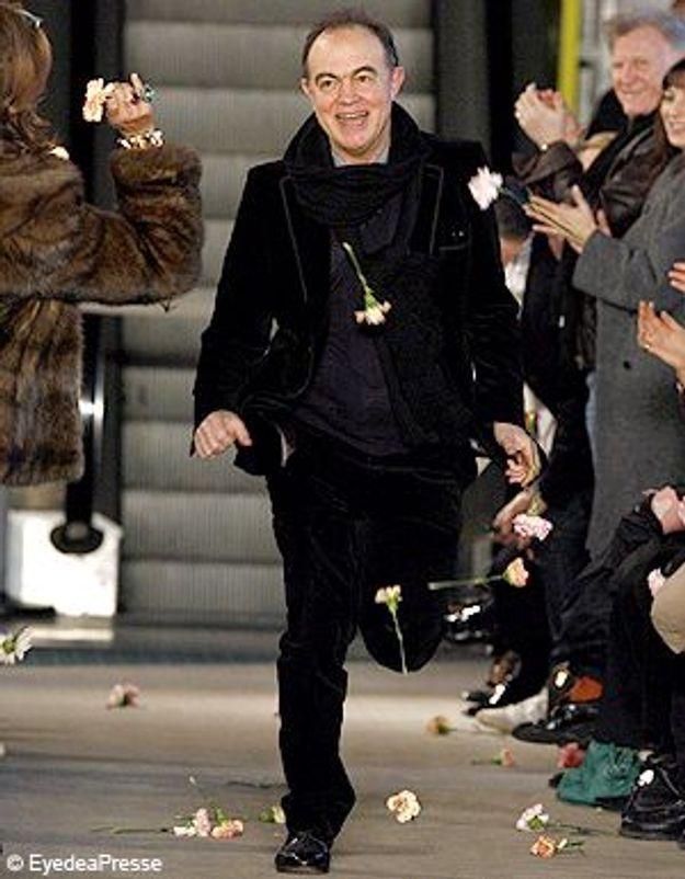 Lacroix évite le pire : il défile pour la Haute Couture !