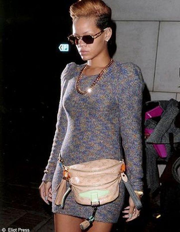 Le détail qui change tout : la banane de Rihanna